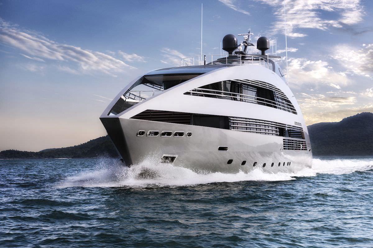 Ocean Emerald Superyacht Charter