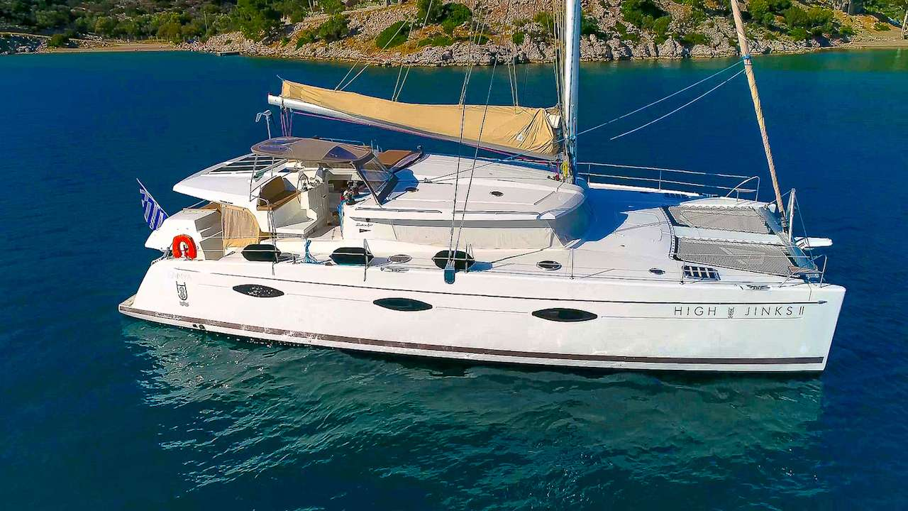 Charter with HIGH JINKS II on compassyachtcharters.com