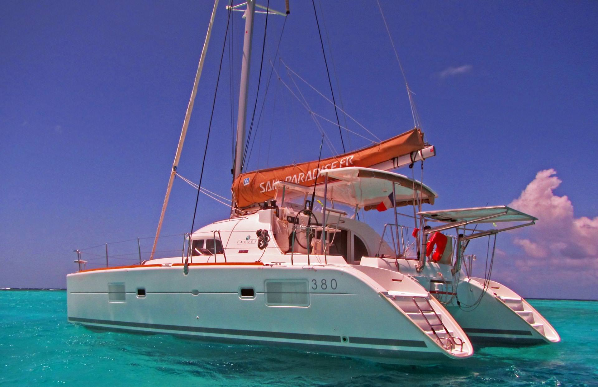 Charter with HARMONY on compassyachtcharters.com