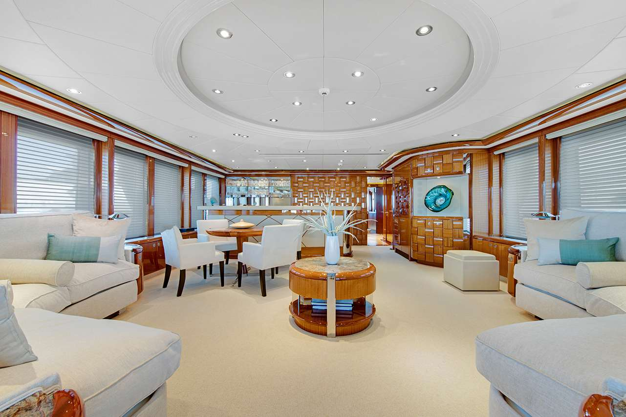 motor yacht ALLEGRIA