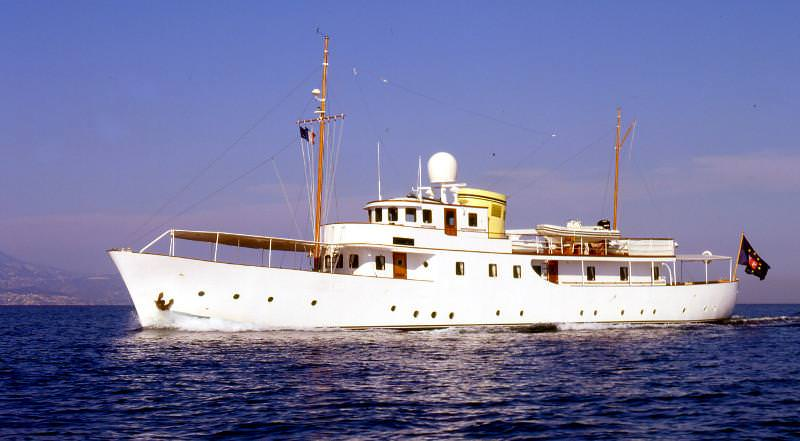 Charter with DEIANEIRA on compassyachtcharters.com
