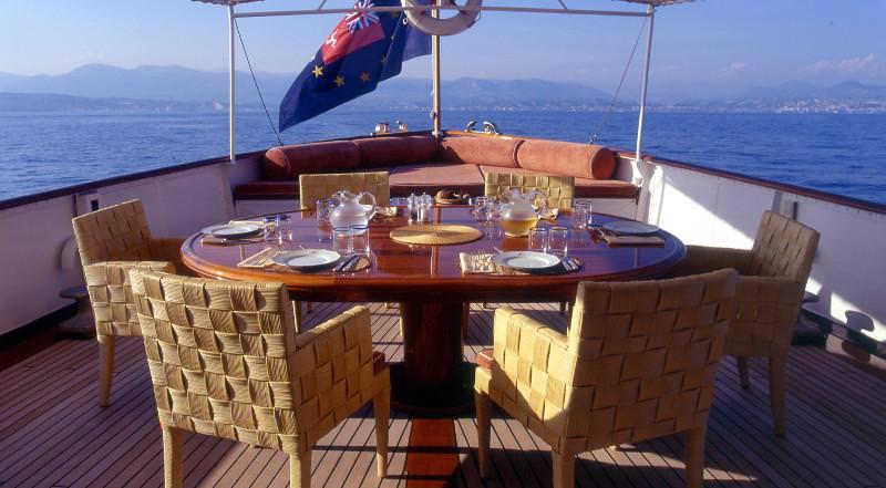 motor yacht DEIANEIRA