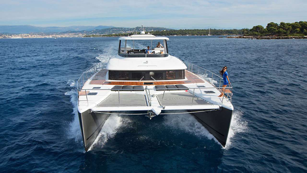 Charter with JAN'S FELION on compassyachtcharters.com
