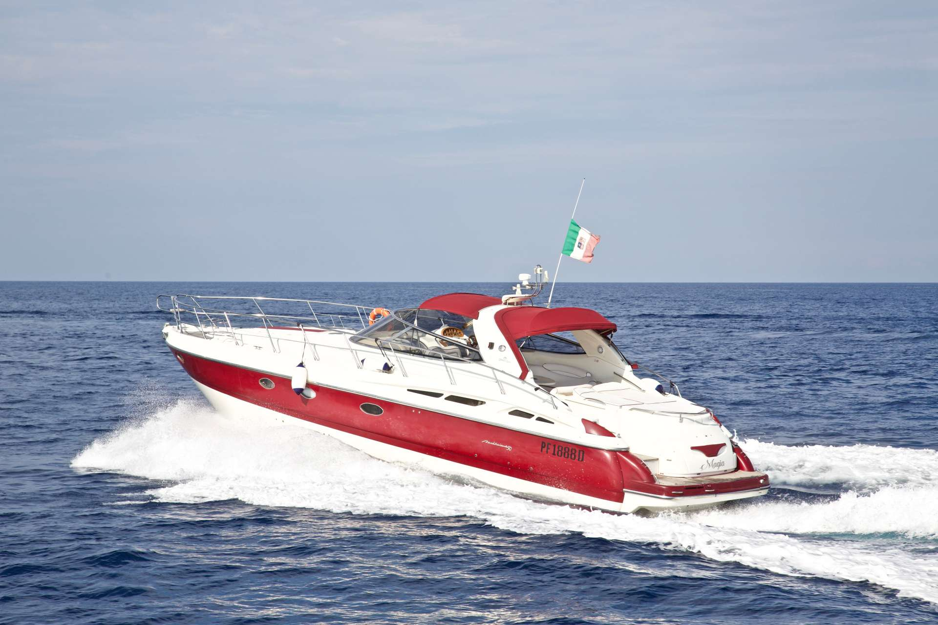 Power Yacht MAGIA