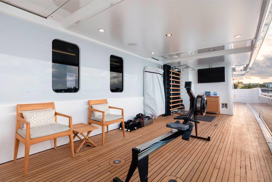 broadwater power     inidual yacht  rh   ycharter