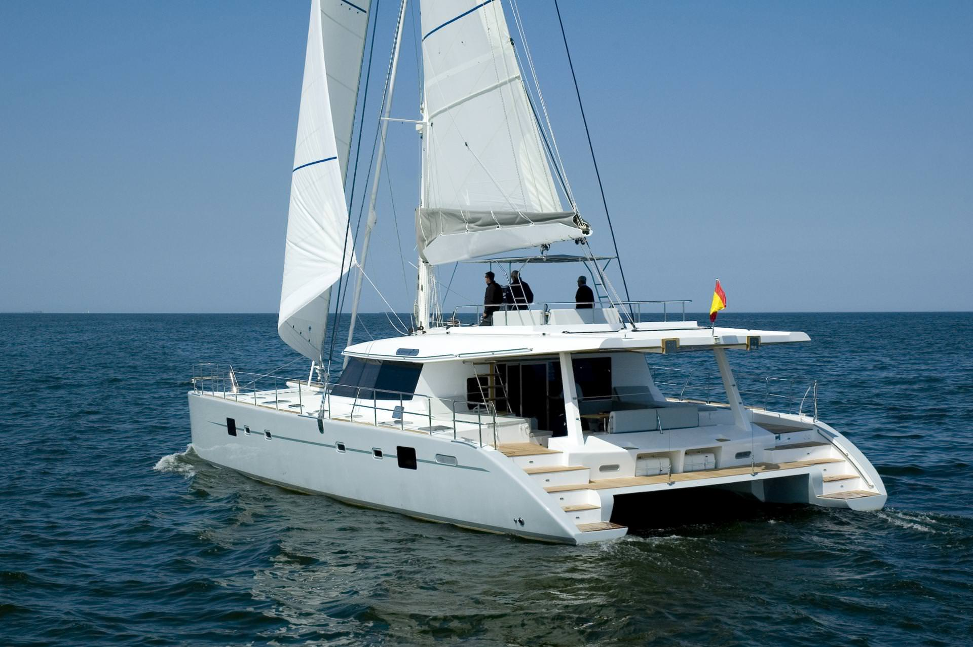 Charter with DEPENDE on compassyachtcharters.com