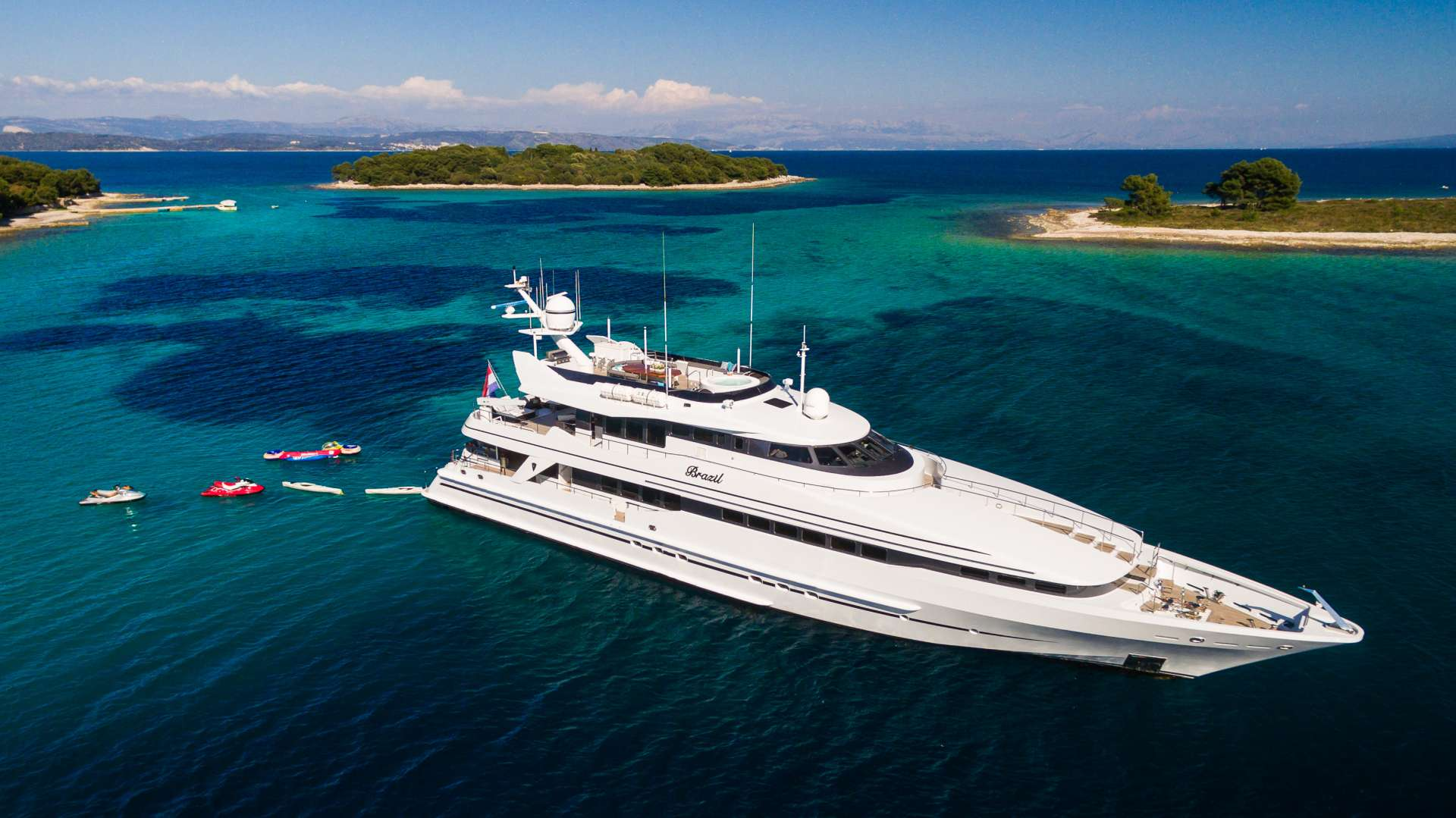 Charter with BRAZIL on compassyachtcharters.com