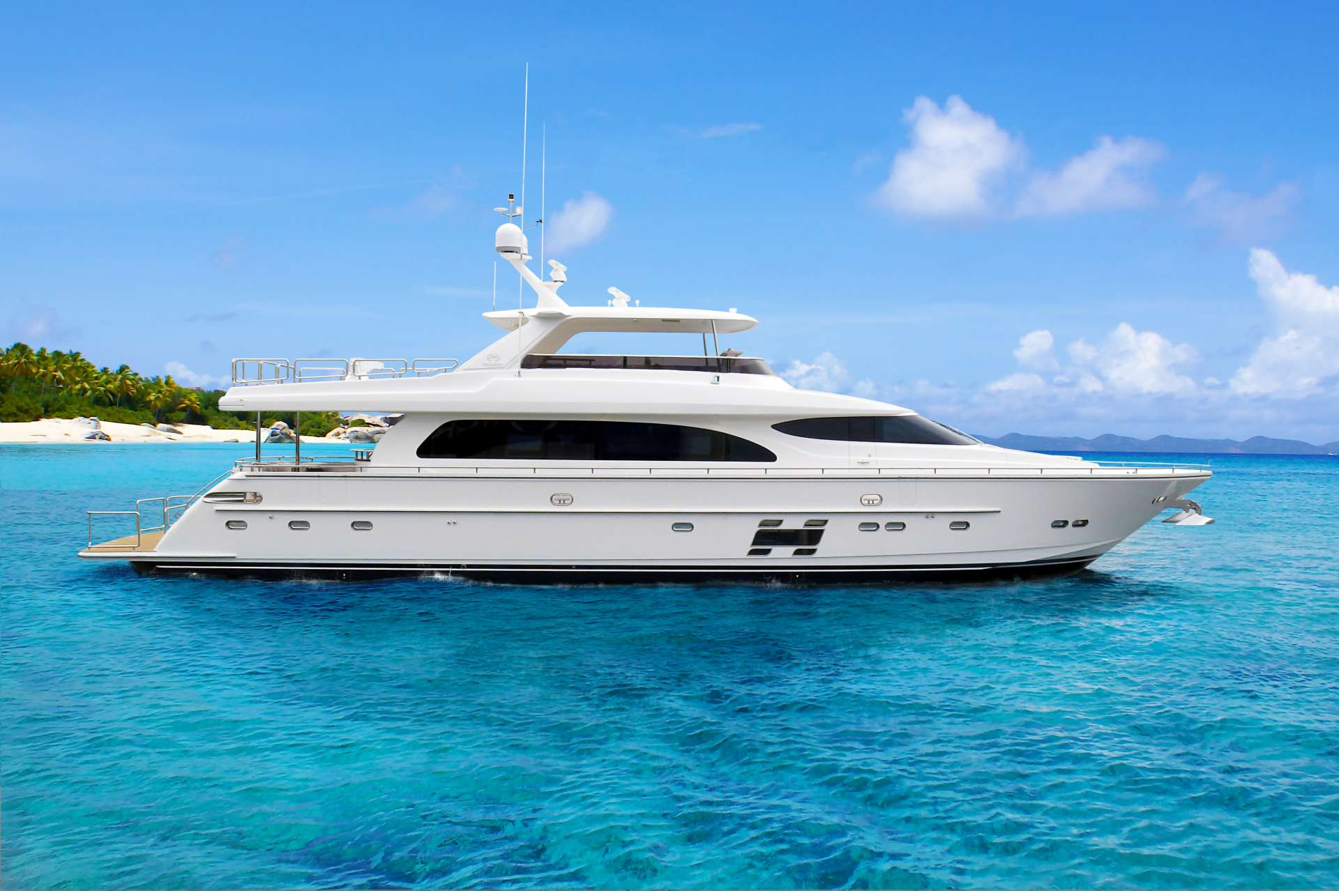 Charter with AQUA LIFE on compassyachtcharters.com