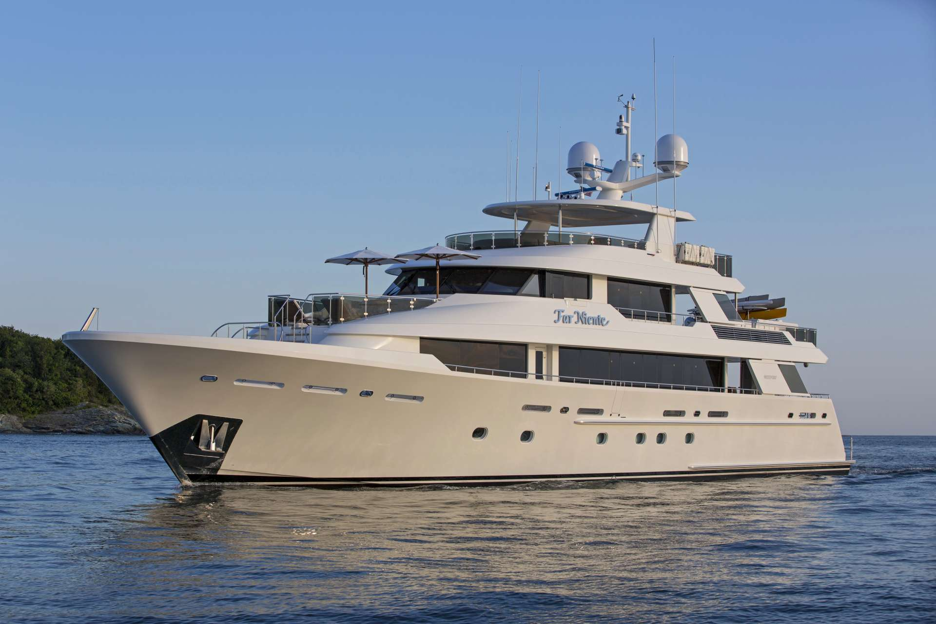 Power Yacht FAR NIENTE