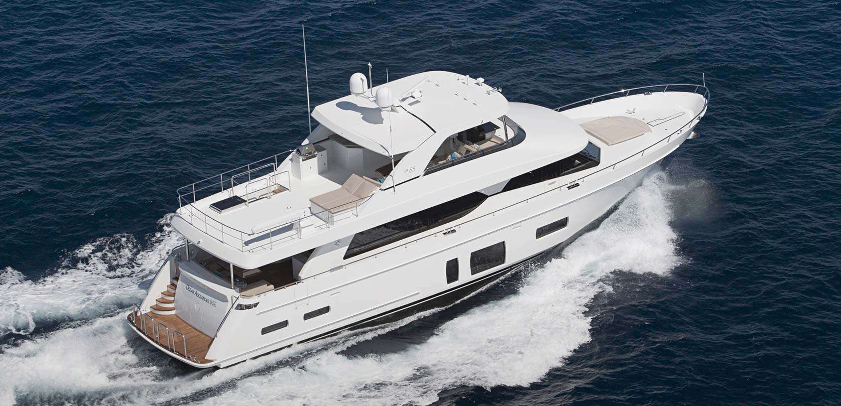 Charter with ENTREPRENEUR on compassyachtcharters.com