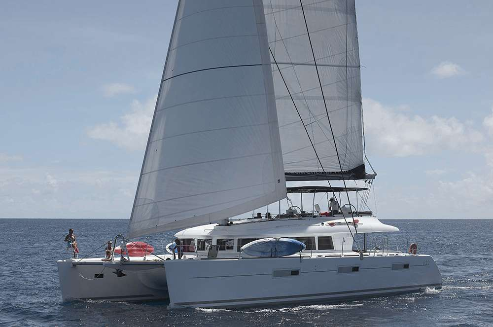 Charter with DREAM ROQUES on compassyachtcharters.com