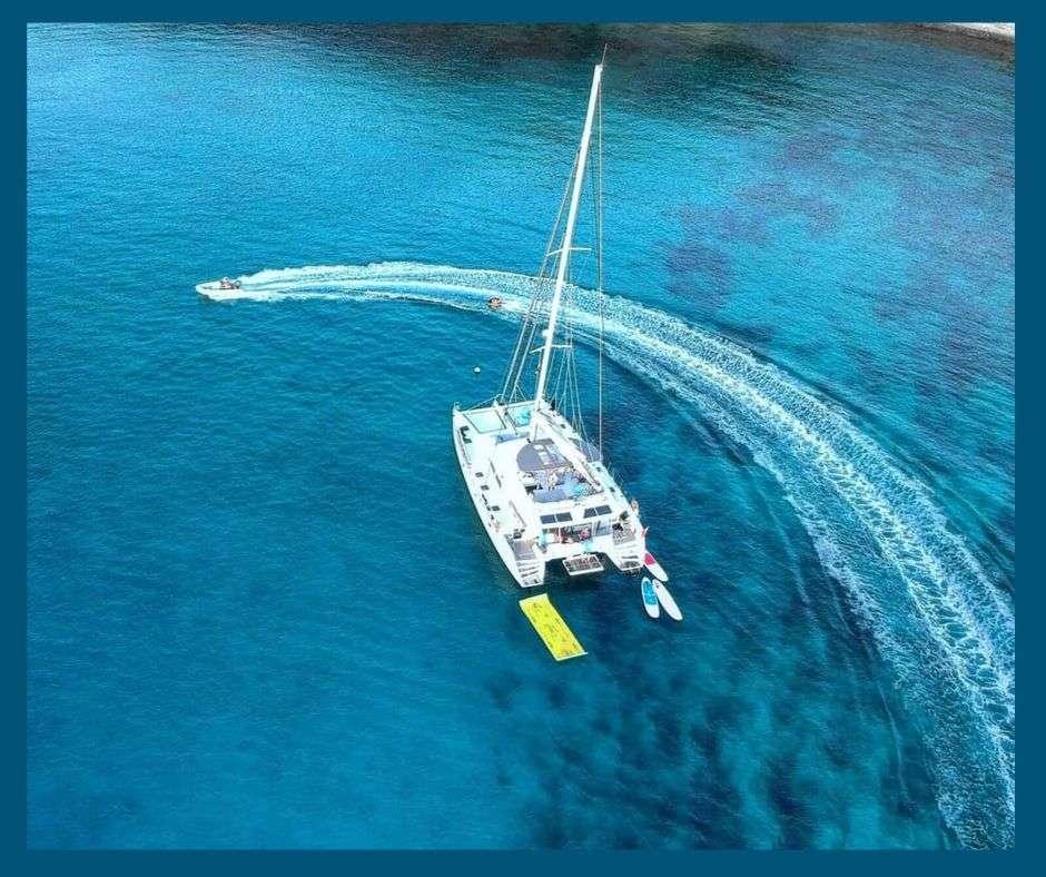 Catamaran VIRAMAR
