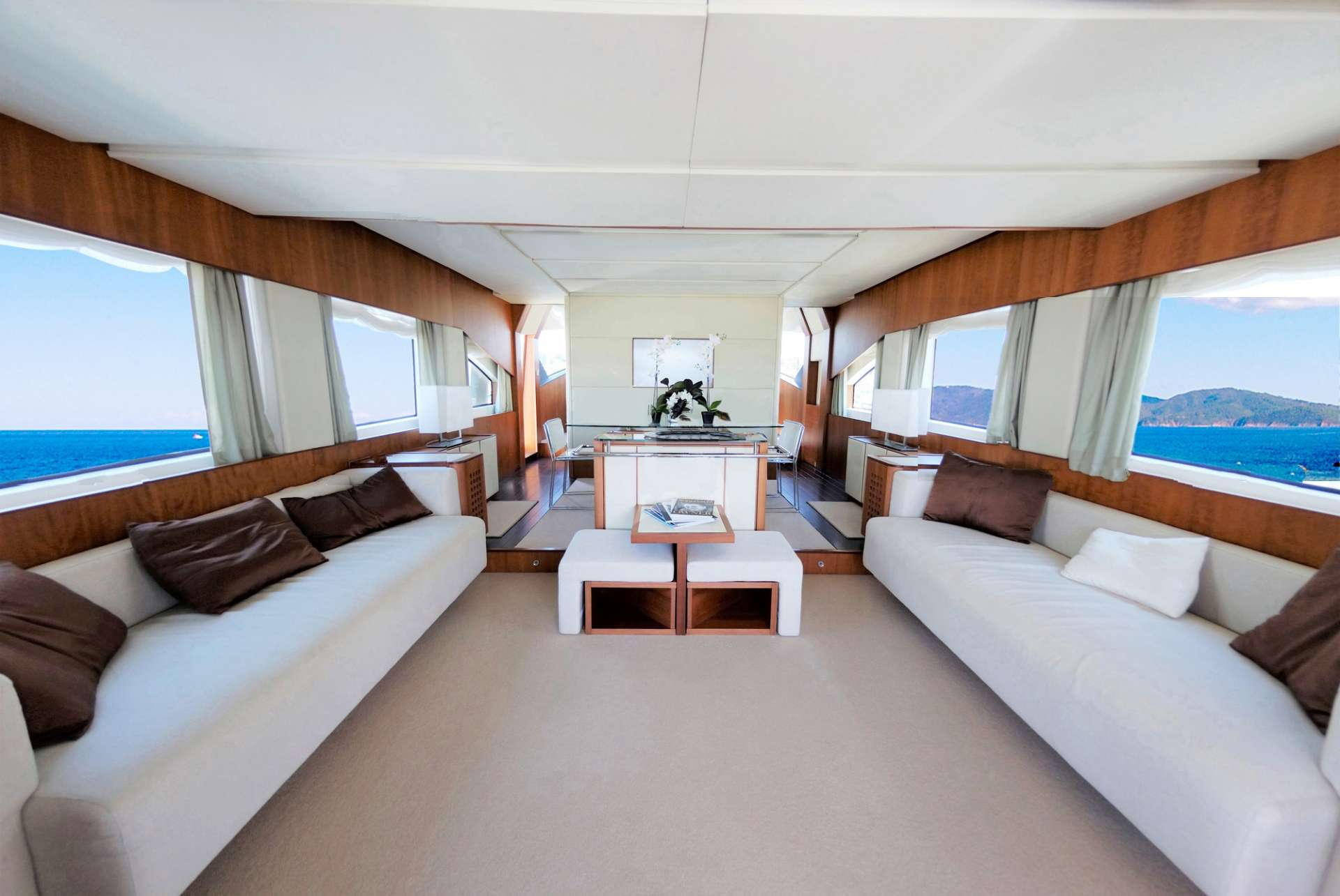 Power Yacht QUESTA e VITA