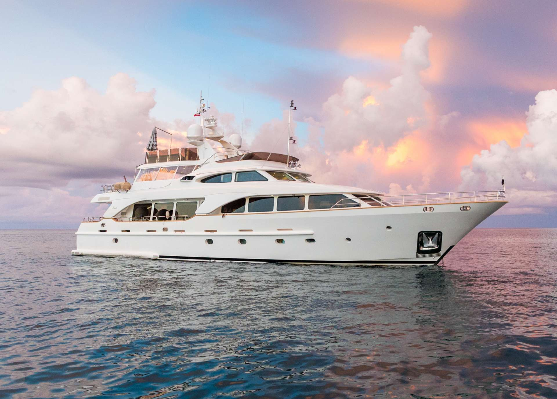Power Yacht JAZZ