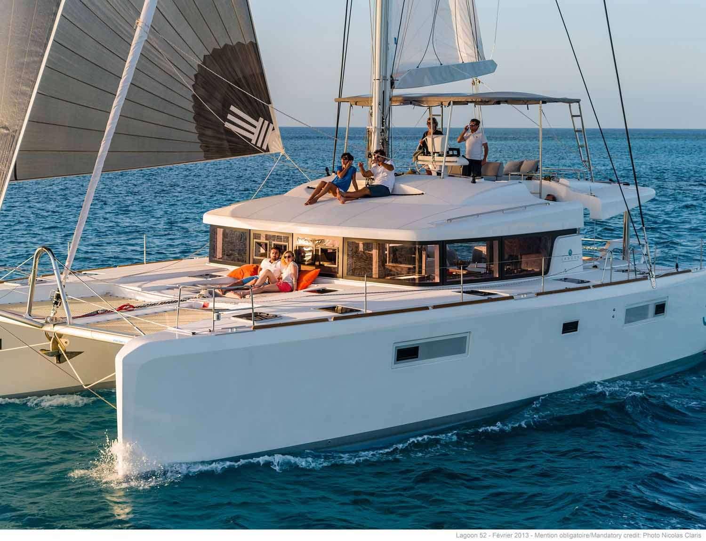 Catamaran JOY 52