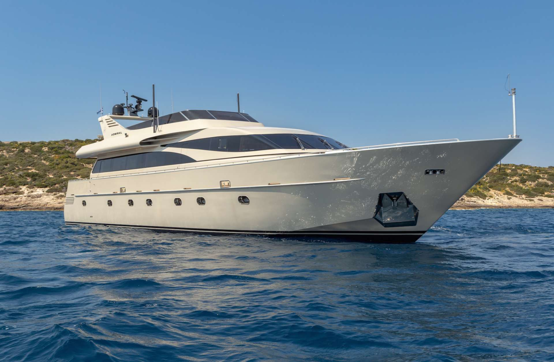Power Yacht ANAMEL