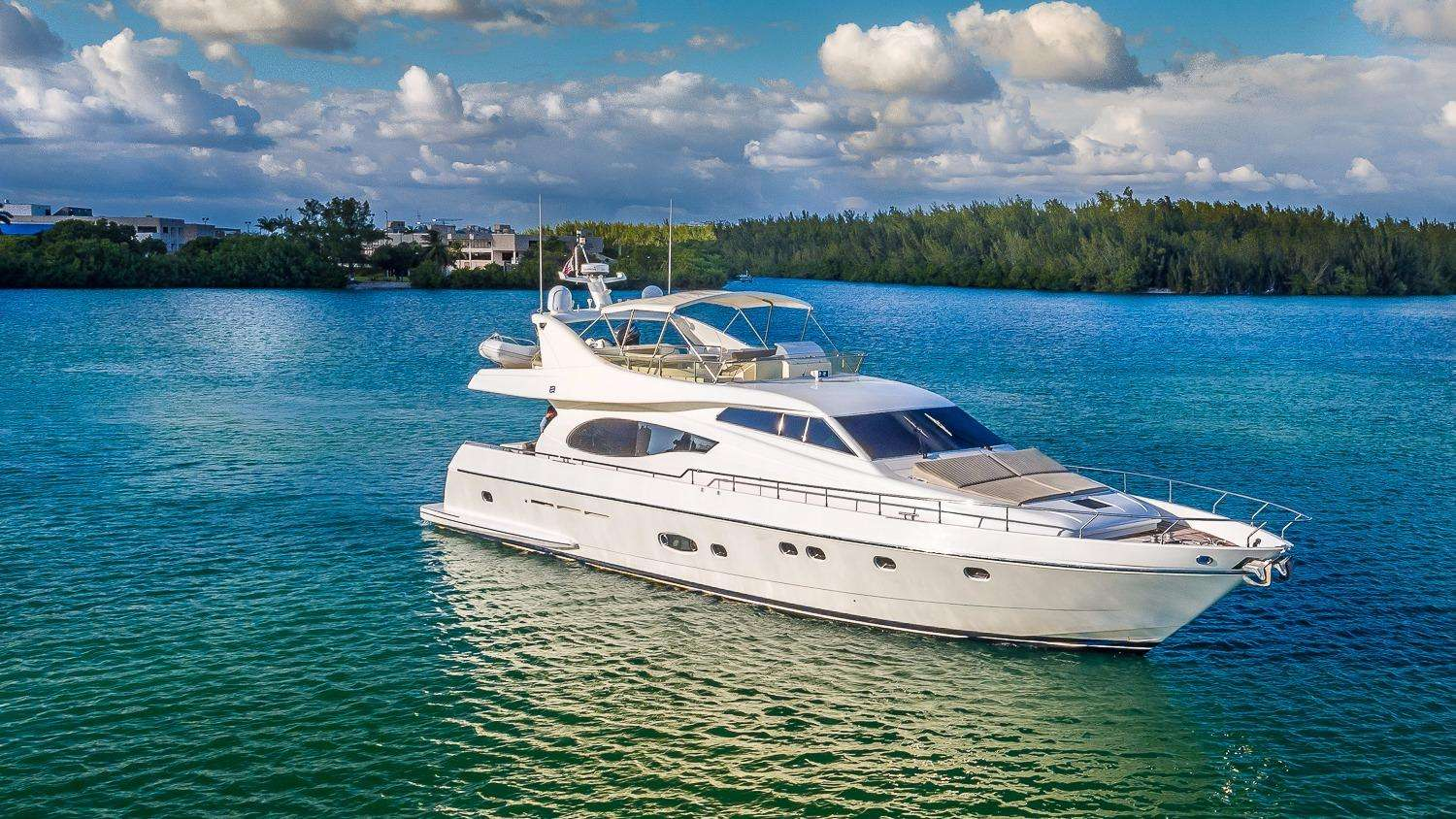 Power Yacht 7 DAY WEEKEND