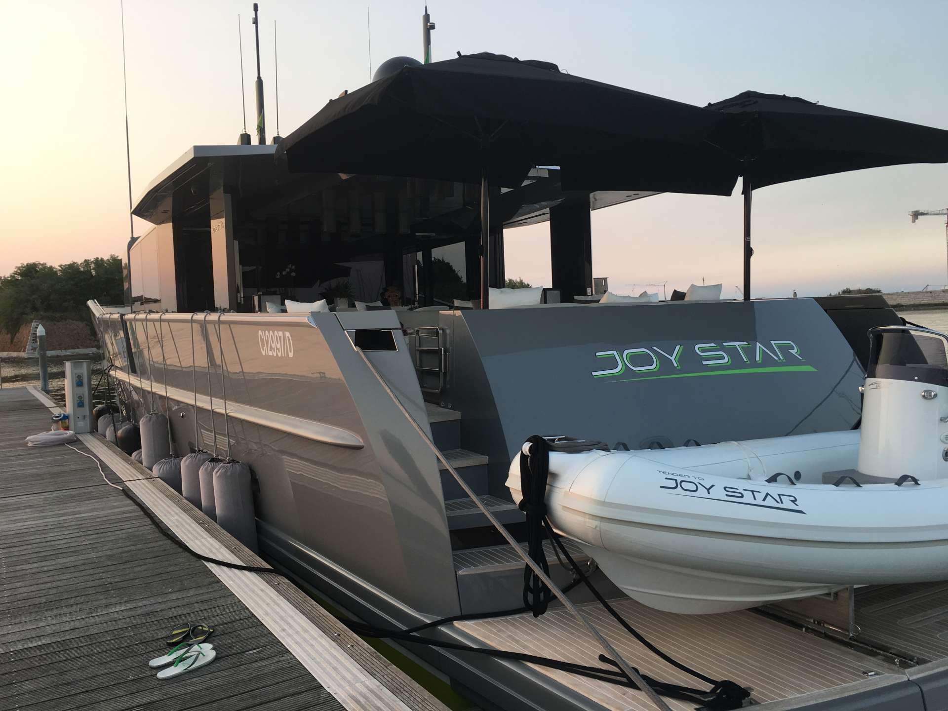 Power Yacht Joy Star
