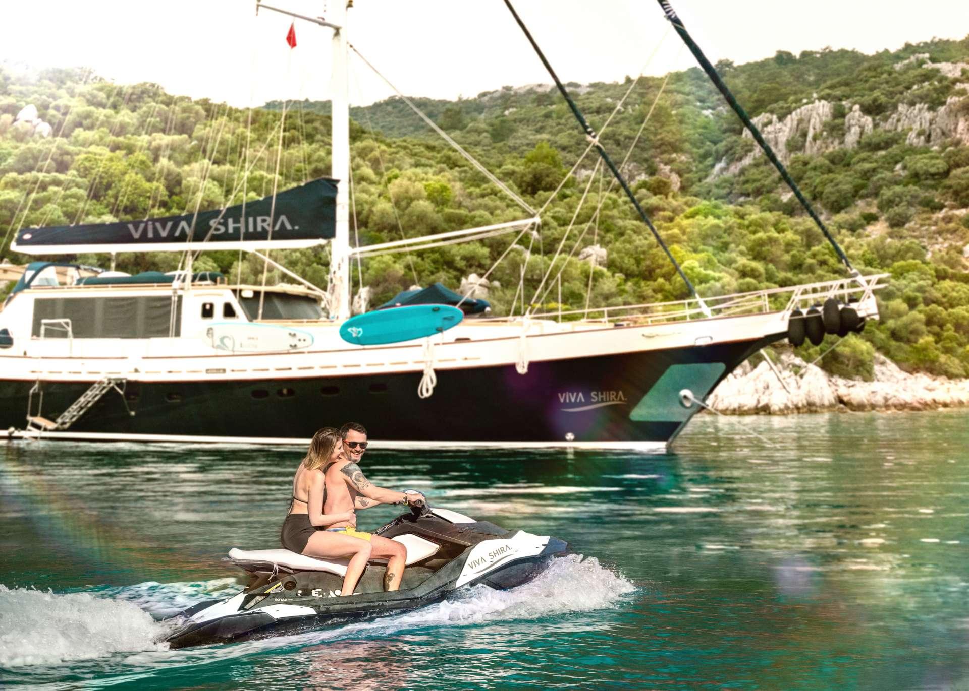 Sailing Yacht Viva Shira