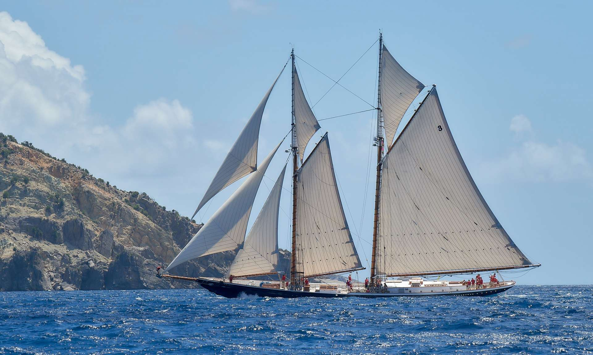 Sailing Yacht Columbia