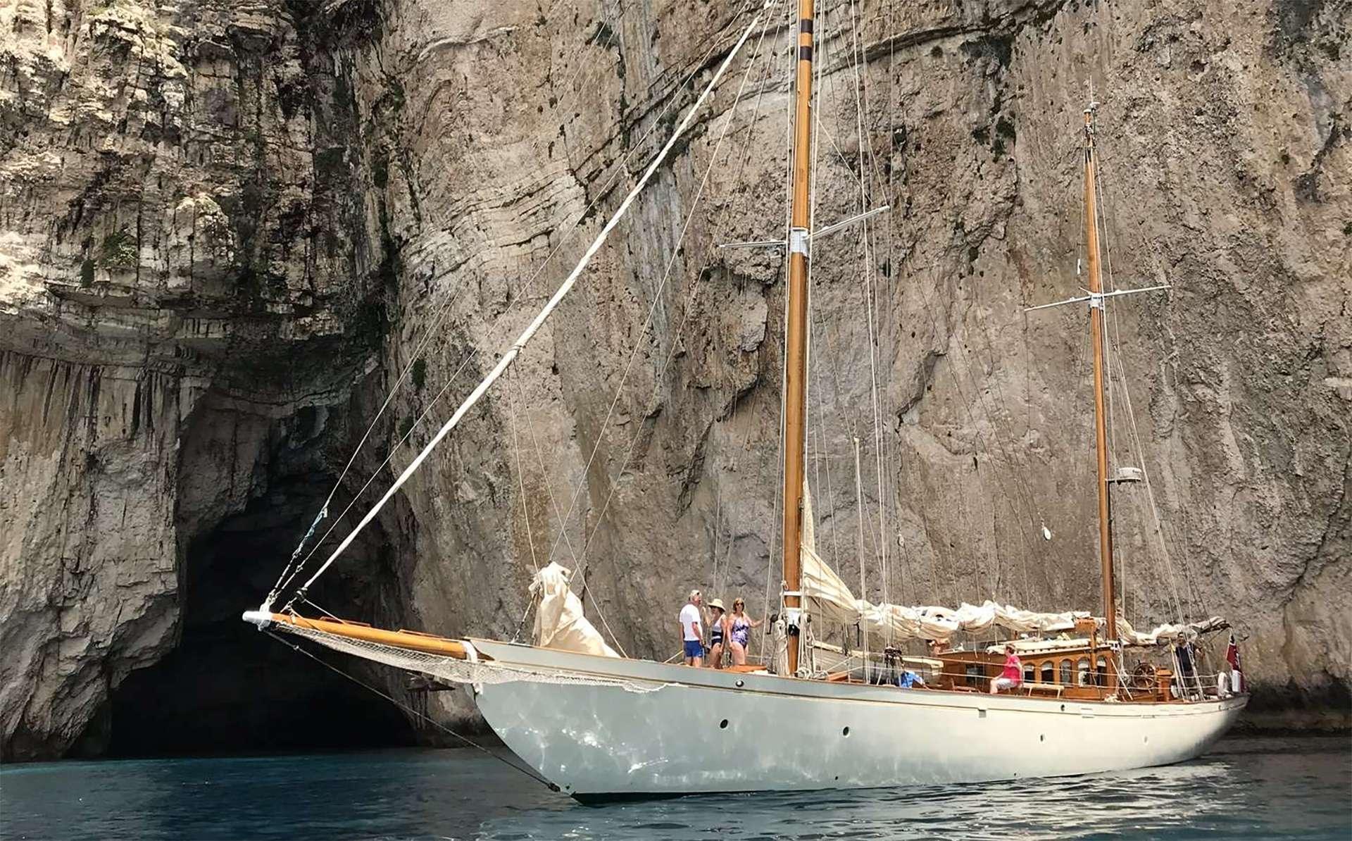 Sailing Yacht Halcyon