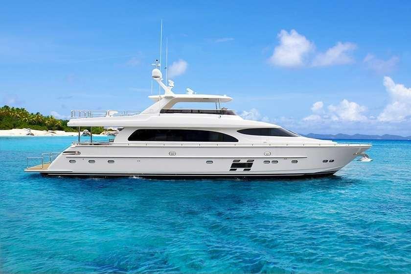 Power Yacht Aqua Life