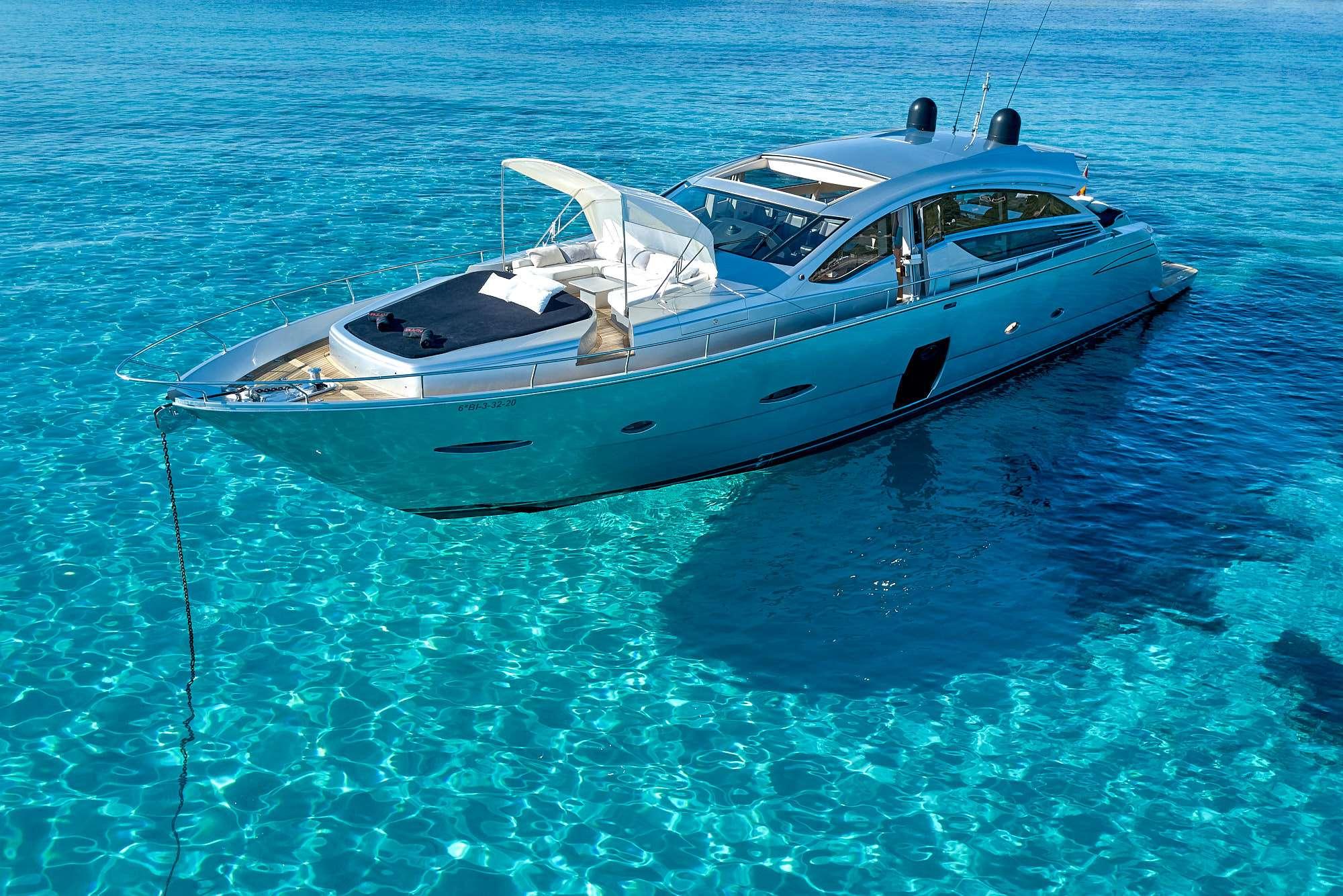 Power Yacht HALLEY