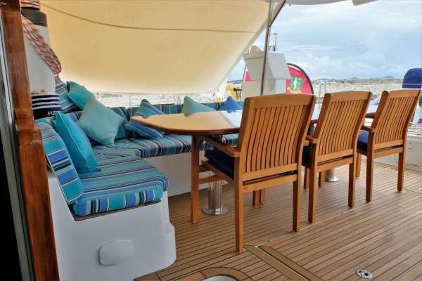 Aft deck and alfresco dining area