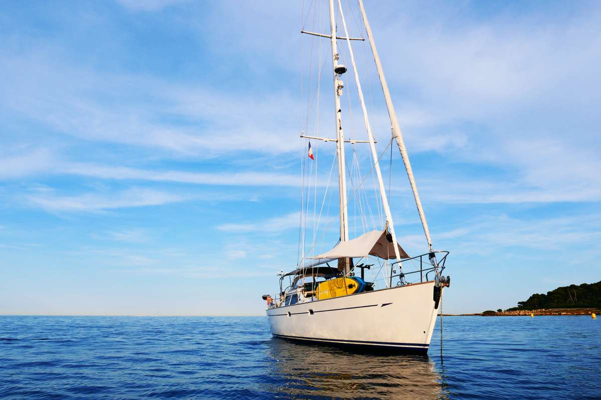 Spinnaker Sailing on Elvis Magic