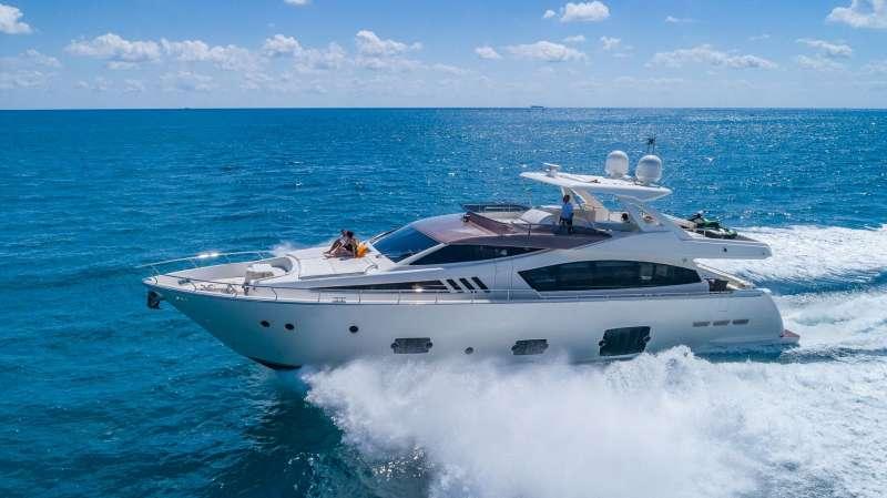 80´Ferretti  Luxury Yacht