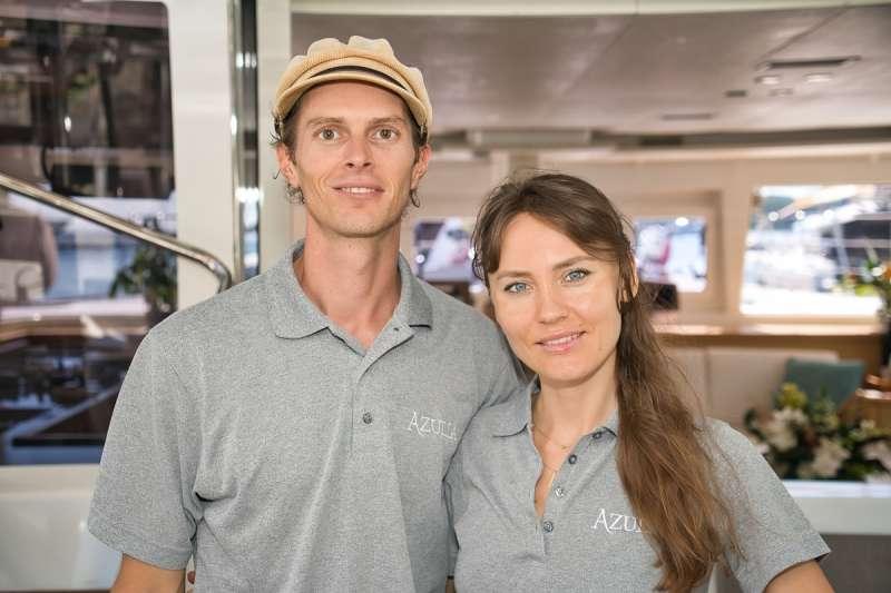 AZULIA II Crew