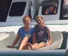 Yacht Dolphin Splash customer review image