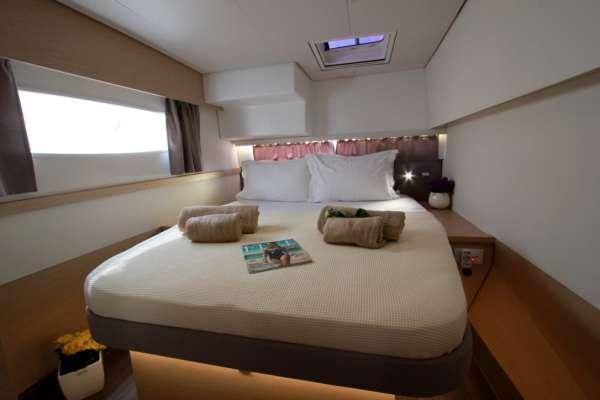 TIZIANO SABA50 Queen Cabin
