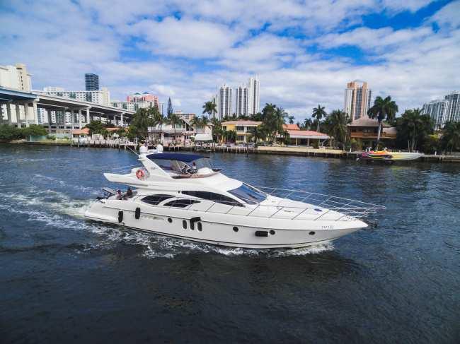 C'EST LA VIE Luxury Yacht
