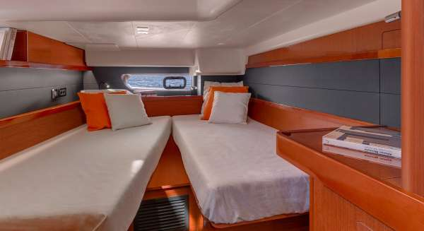 Aft cabin set up as a twin berth