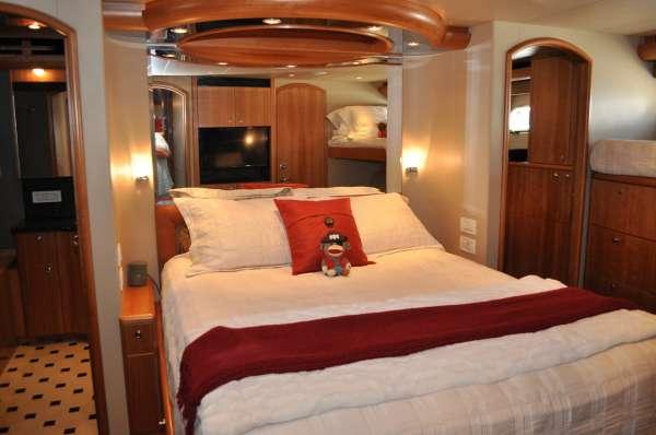 ILLIQUID - Master cabin