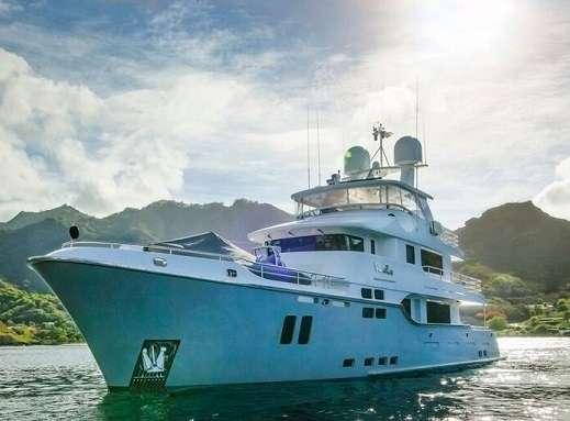 Yacht VIVIERAE II