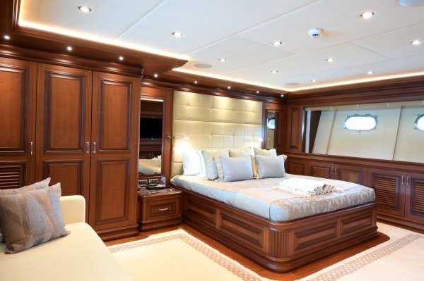 VIP Stateroom, below forward