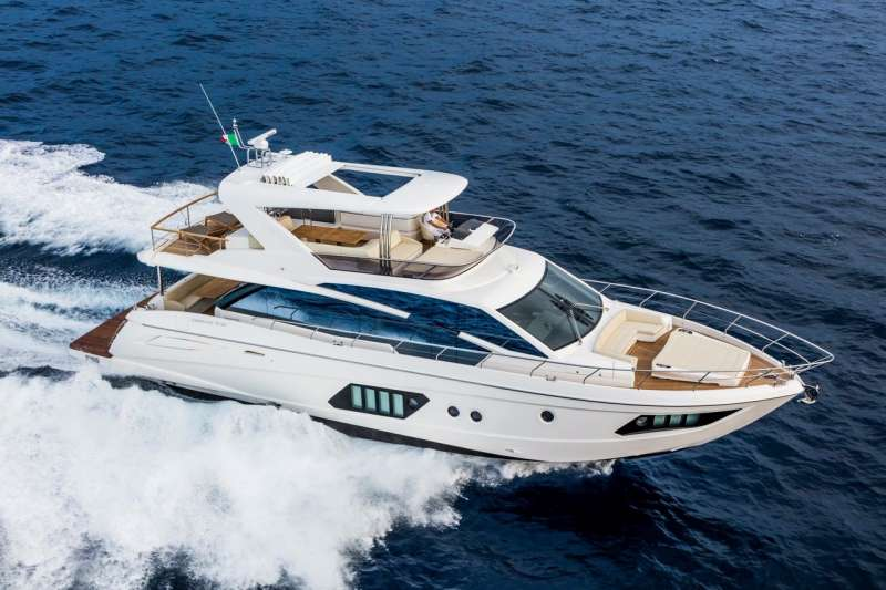 Stay Cool Luxury Yacht