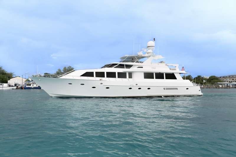 Yacht CRU