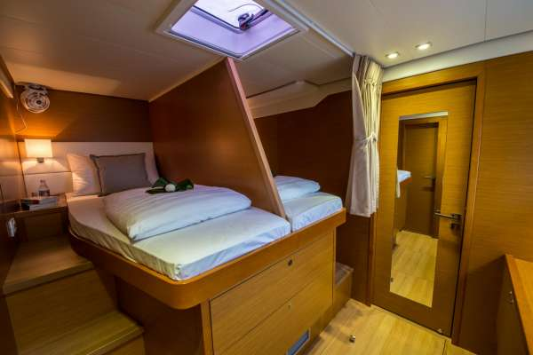 Guest Double Cabin (Convertible to Singles)