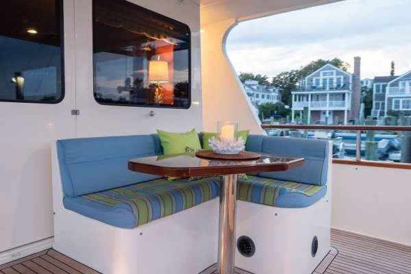 Aft Deck Nook - Curl up with a good book