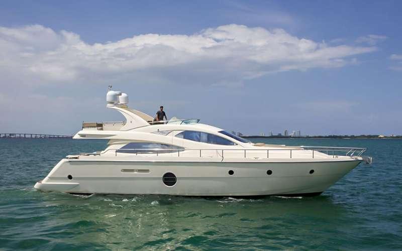 One Love Luxury Yacht