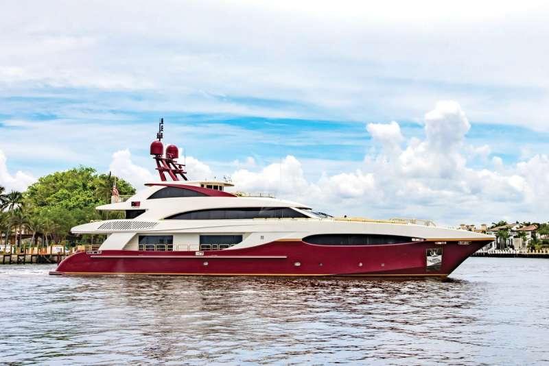 Yacht CABERNET