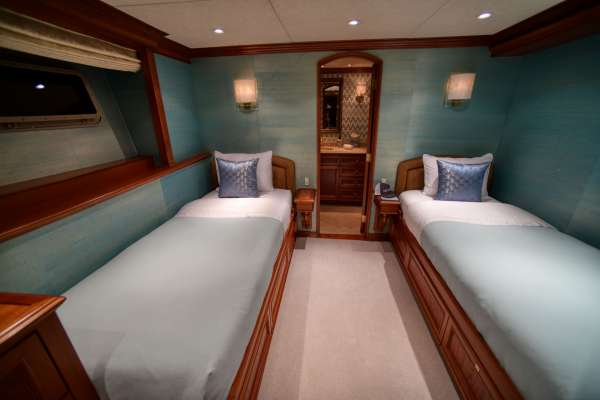 Guest Stateroom - Twin