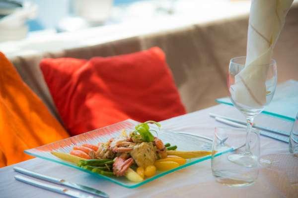 Delicious and healthy menus on board