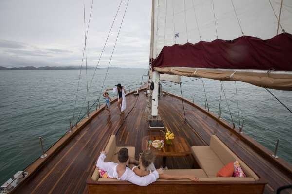Huge Foredeck with great views