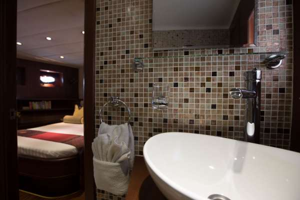 All cabins with ensuite bathroom and shower