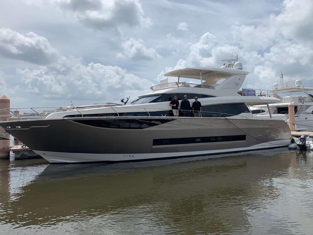 Yacht ELEVATION