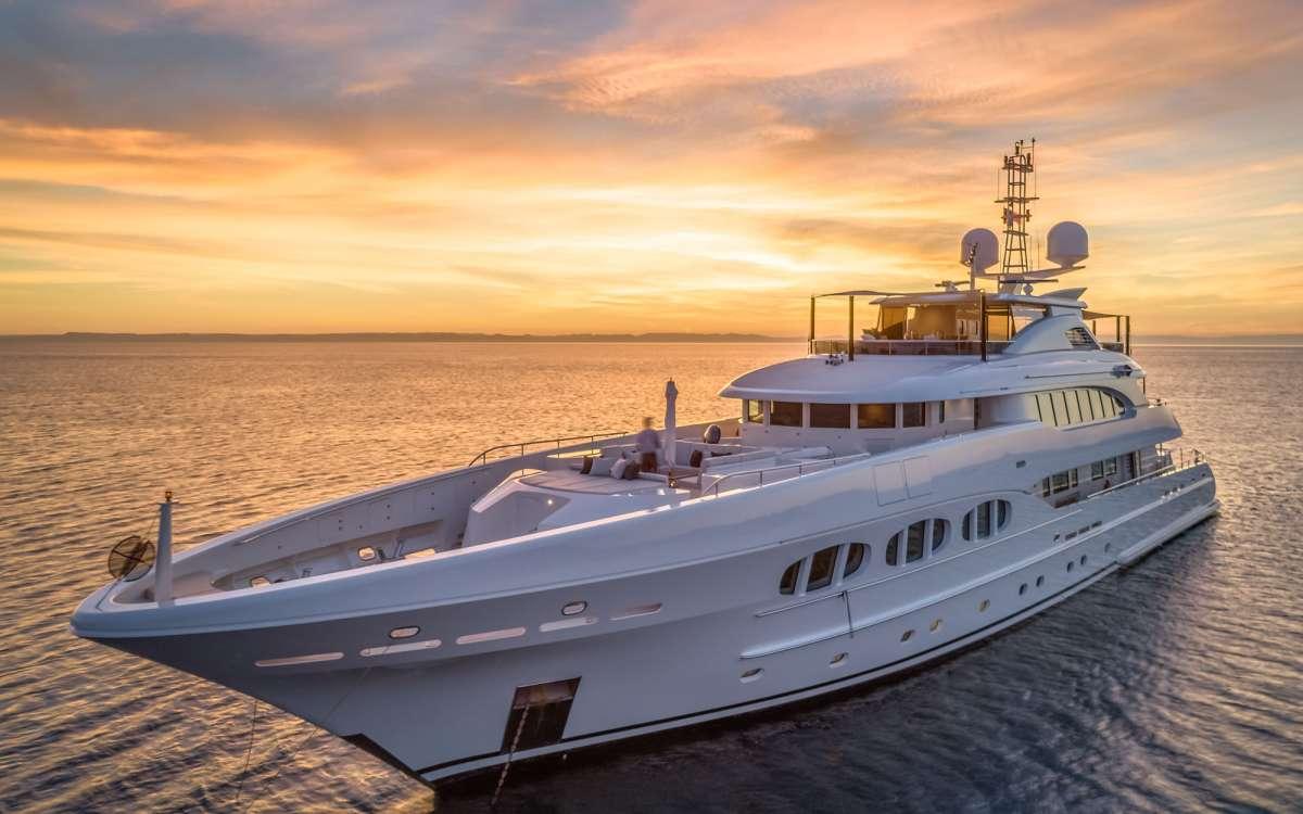 Yacht ODYSSEA